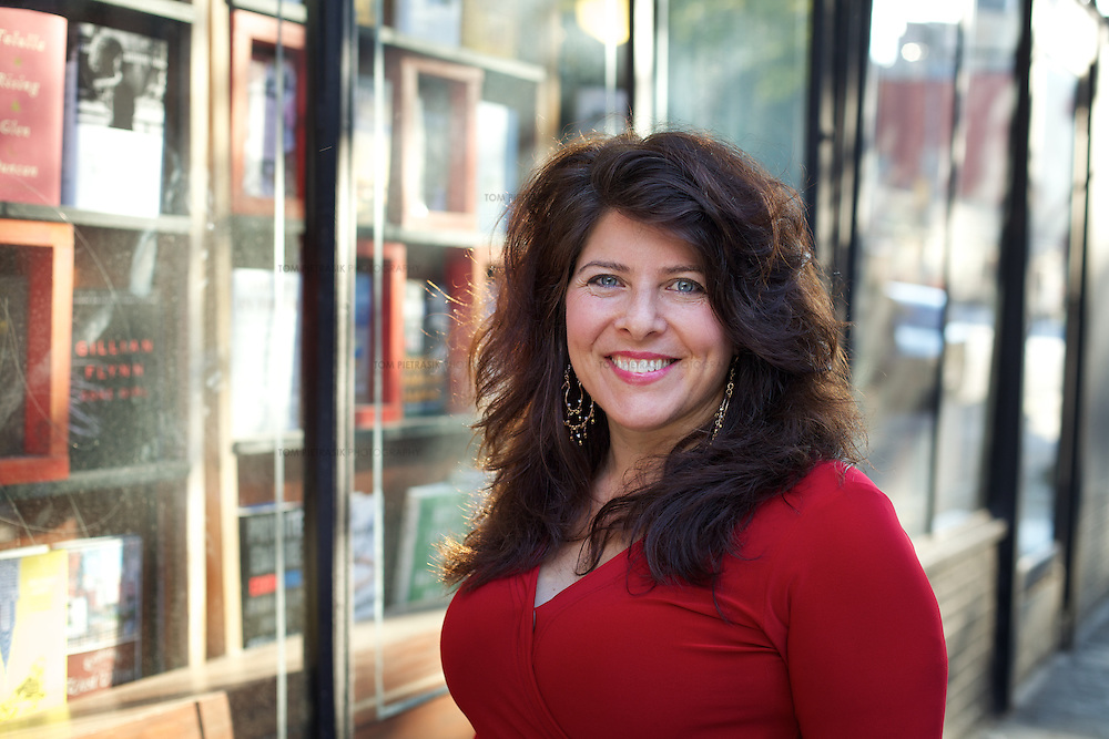 Feminist author, journalist & activist Naomi Wolf in New York City. Wolf has written widely on feminism, sexuality and civil rights in books including The Beauty Myth, Promiscuities and The End of America. She is an outspoken supporter of causes including Occupy Wall Street and the protection of whistle-blowers like Julian Assange. ..Photo: Tom Pietrasik.New York City.July 24th 2012