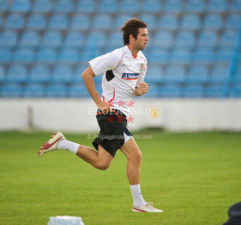 PODGORICA, MONTENEGRO - Tuesday, August 11, 2009: Wales' captain Joe Ledley during a training session at the Gradski Stadion ahead of the international friendly match against Montenegro. (Photo by David Rawcliffe/Propaganda)