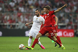 05.08.2015, Allianz Arena, Muenchen, GER, AUDI CUP, FC Bayern Muenchen vs Real Madrid, im Bild Thomas Mueller (FC Bayern Muenchen #25) im Zweikampf gegen Jese (Real Madrid CF #20) // during the 2015 Audi Cup Match between FC Bayern Munich and Real Madrid at the Allianz Arena in Muenchen, Germany on 2015/08/05. EXPA Pictures © 2015, PhotoCredit: EXPA/ Eibner-Pressefoto/ Schüler<br /> <br /> *****ATTENTION - OUT of GER*****