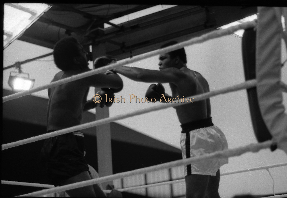 Ali vs Lewis Fight, Croke Park,Dublin.<br />