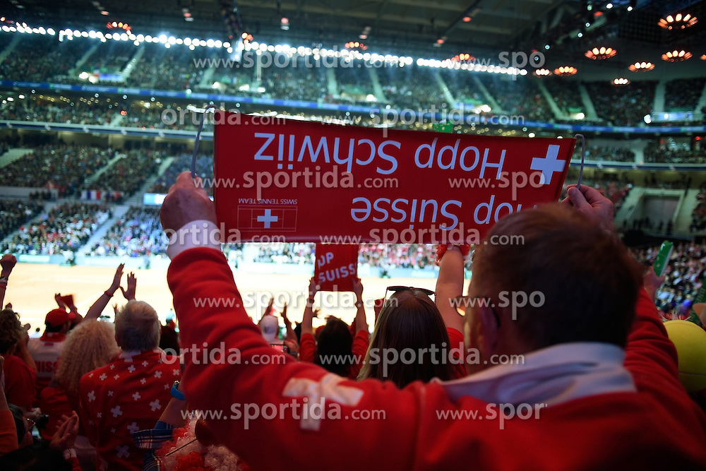 21.11.2014, Stade Pierre Mauroy, Lille, FRA, Davis Cup Finale, Frankreich vs Schweiz, im Bild Schweizer Fans // during the Davis Cup Final between France and Switzerland at the Stade Pierre Mauroy in Lille, France on 2014/11/21. EXPA Pictures &copy; 2014, PhotoCredit: EXPA/ Freshfocus/ Daniela Frutiger<br /> <br /> *****ATTENTION - for AUT, SLO, CRO, SRB, BIH, MAZ only*****