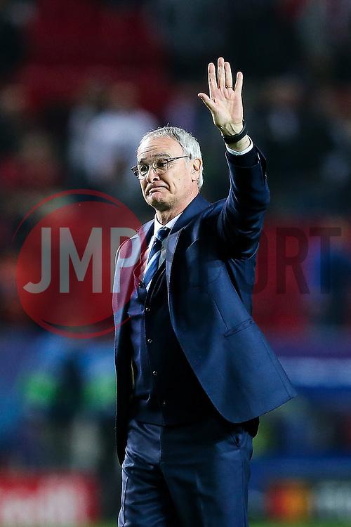 Leicester City manager Claudio Ranieri thanlks the away fans after a 2-1 loss - Rogan Thomson/JMP - 22/02/2017 - FOOTBALL - Estadio Ramon Sanchez Pizjuan - Seville, Spain - Sevilla FC v Leicester City - UEFA Champions League Round of 16, 1st Leg.