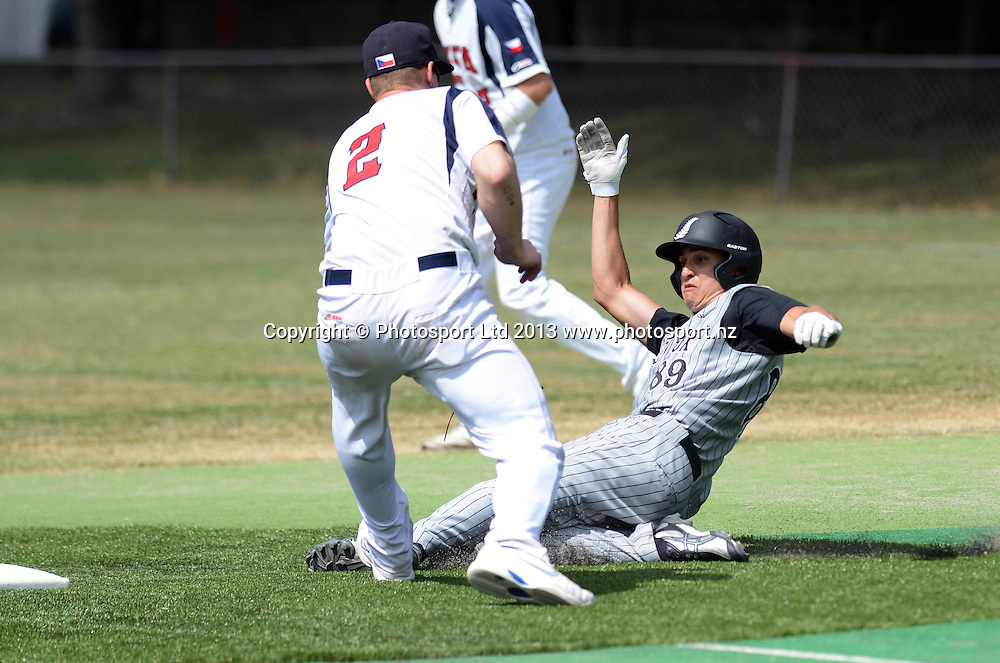 Centrefielder Ben Enoka. The New Zealand Black Sox softball team versus the Czech Republic in a warm up game ahead of the World Championships starting in Auckland this week. Penrose. Auckland. New Zealand on Tuesday 26 February 2012. Photo: Andrew Cornaga/Photosport.co.nz