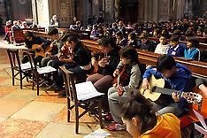 20130321 MESSA DUOMO CON STUDENTI