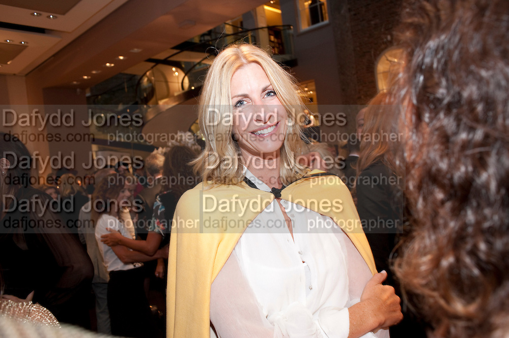 LISA BUTCHER,  Vogue Fashion night out.- Alexandra Shulman and Paddy Byng are host a party  to celebrate the launch for FashionÕs Night Out At Asprey. Bond St and afterwards in the street. London. 8 September 2011. <br />  <br />  , -DO NOT ARCHIVE-© Copyright Photograph by Dafydd Jones. 248 Clapham Rd. London SW9 0PZ. Tel 0207 820 0771. www.dafjones.com.<br /> LISA BUTCHER,  Vogue Fashion night out.- Alexandra Shulman and Paddy Byng are host a party  to celebrate the launch for Fashion's Night Out At Asprey. Bond St and afterwards in the street. London. 8 September 2011. <br />  <br />  , -DO NOT ARCHIVE-© Copyright Photograph by Dafydd Jones. 248 Clapham Rd. London SW9 0PZ. Tel 0207 820 0771. www.dafjones.com.