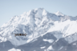THEMENBILD - eine Drohne im freien Flug vor einem Bergmassiv, aufgenommen am 16. Februar 2019 in Maria Alm, Oesterreich // a drone in free flight in front of a mountain massif, in Maria Alm, Austria on 2019/02/16. EXPA Pictures © 2019, PhotoCredit: EXPA/Stefanie Oberhauser