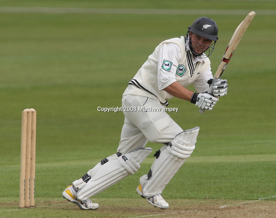 Daniel Flynn of New Zealand batting. Essex v New Zealand, Day 1, County Ground, Chelmsford, Cricket, 02/05/2008. © Matthew Impey / Wiredphotos.co.uk. tel: 07789 130 347 e: matt@wiredphotos.co.uk