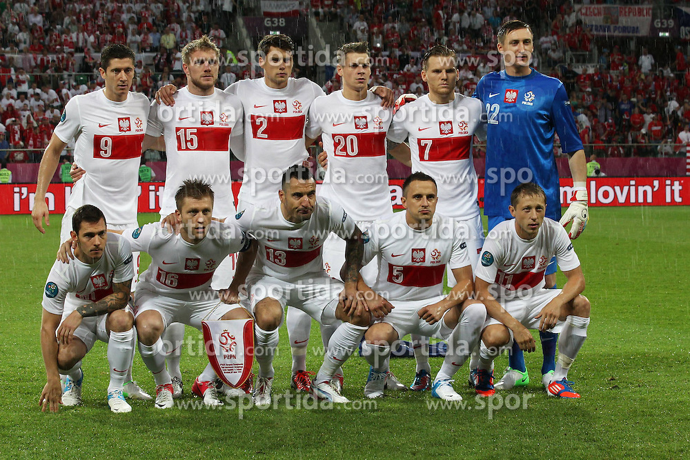 16.06.2012, Staedtisches Stadion, Breslau, POL, UEFA EURO 2012, Tschechien vs Polen, Gruppe A, im Bild Teamfoto Polen // during the UEFA Euro 2012 Group A Match between Czech Republic and Poland at the Municipal Stadium, Wroclaw, Poland on 2012/06/16. EXPA Pictures © 2012, PhotoCredit: EXPA/ Newspix/ Lukasz Grochala..***** ATTENTION - for AUT, SLO, CRO, SRB, SUI and SWE only *****