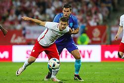 01-06-2016 POL: Polen - Nederland, Gdansk<br /> Oefenwedstrijd dat met 2-1 wordt gewonnen / Karol Linetty (POL), Kevin Strootman (NED) <br /> <br /> ***NETHERLANDS ONLY***
