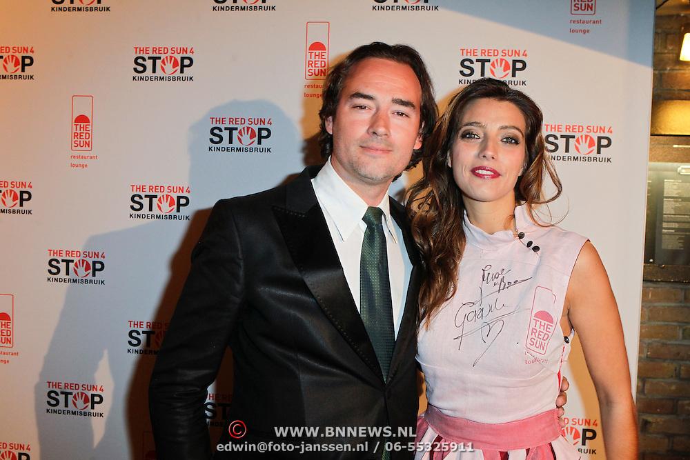 NLD/Blaricum/20111120 - Benefietdiner St. Stop Kindermisbruik, Jeroen Nieuwenhuize en Marvy Rieder