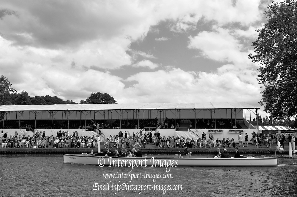 Henley, GREAT BRITAIN,   General Views from the Progress Board, Boat on the booms, Stewards Enclosure, Crews racing through the Stewards Enclosure. 2012 Henley Royal Regatta. Friday  14:11:28  29/06/2012. [Mandatory Credit, Peter Spurrier/Intersport-images] ..Rowing Courses, Henley Reach, Henley, ENGLAND . HRR. . HRR.