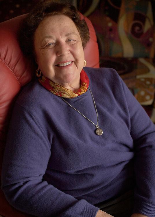 15169Peg Cohn Portrait by Amy Thompson