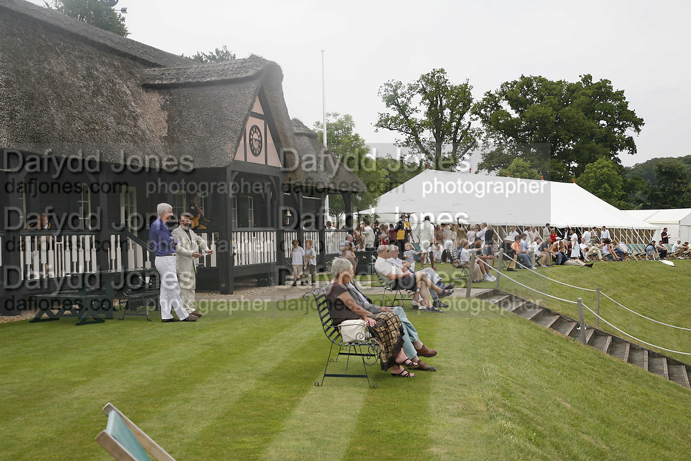 Guy Leymarie and Tara Getty host The De Beers Cricket Match. The Lashings Team versus the Old English team. Wormsley. ONE TIME USE ONLY - DO NOT ARCHIVE  © Copyright Photograph by Dafydd Jones 66 Stockwell Park Rd. London SW9 0DA Tel 020 7733 0108 www.dafjones.com