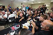 Feest bij het team als de snelheid van Aniek Rooderkerken bekend wordt gemaakt. Rooderkerken heeft 121,5 km/h gehaald en heeft daarmee het Nederlands record. Ze kwam 0,3 km/h te kort voor het wereldrecord. Het Human Power Team Delft en Amsterdam, dat bestaat uit studenten van de TU Delft en de VU Amsterdam, is in Amerika om tijdens de World Human Powered Speed Challenge in Nevada een poging te doen het wereldrecord snelfietsen voor vrouwen te verbreken met de VeloX 7, een gestroomlijnde ligfiets. Het record is met 121,81 km/h sinds 2010 in handen van de Francaise Barbara Buatois. De Canadees Todd Reichert is de snelste man met 144,17 km/h sinds 2016.<br /> <br /> With the VeloX 7, a special recumbent bike, the Human Power Team Delft and Amsterdam, consisting of students of the TU Delft and the VU Amsterdam, wants to set a new woman's world record cycling in September at the World Human Powered Speed Challenge in Nevada. The current speed record is 121,81 km/h, set in 2010 by Barbara Buatois. The fastest man is Todd Reichert with 144,17 km/h.
