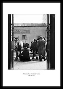Ueberraschen Sie jemanden ganz besonderes mit den Fotos aus dem Irish Photo Archive. Wählen Sie Ihre bevorzugten irischen  Bilddrucke von Tausenden von Irland-Photos, die im irish Photo archiv erhaeltlich sind. Retten Sie Ihre Beziehung mit unseren einzigartigen Geschenken