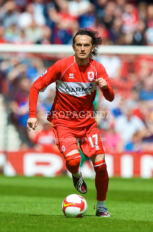 MIDDLESBROUGH, ENGLAND - Saturday, May 2, 2009: Middlesbrough's Tuncay Sanli in action against Manchester United during the Premiership match at the Riverside Stadium. (Pic by David Rawcliffe/Propaganda)