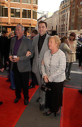 David Walliams and his parents. Billy Elliot- The Musical opening night at the Victoria palace theatre and party afterwards at Pacha, London. 12 May 2005. ONE TIME USE ONLY - DO NOT ARCHIVE  © Copyright Photograph by Dafydd Jones 66 Stockwell Park Rd. London SW9 0DA Tel 020 7733 0108 www.dafjones.com