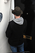 28.MARCH.2007. LONDON<br /> <br /> AMY WINEHOUSE NEW BOYFRIEND BLAKE FIELDER-CIVIL ARRIVING BACK AT HIS FLAT IN CAMDEN.<br /> <br /> BYLINE: EDBIMAGEARCHIVE.CO.UK<br /> <br /> *THIS IMAGE IS STRICTLY FOR UK NEWSPAPERS AND MAGAZINES ONLY*<br /> *FOR WORLD WIDE SALES AND WEB USE PLEASE CONTACT EDBIMAGEARCHIVE - 0208 954 5968*