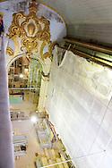 Fotos das obras de Restauro da Igreja da Ordem Terceira de São Francisco, realizadas no mês de dezembro de 2013. Retirada/substituição de tábuas comprometidas. São Paulo, 11 de dezembro de 2013. Foto Daniel Guimarães