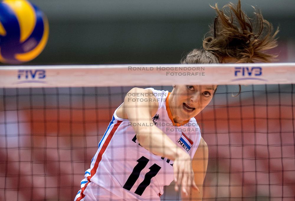 17-05-2016 JAP: OKT Thailand - Nederland, Tokio<br /> Nederland verslaat Thailand met klinkende cijfers 3-0 en is weer op koers voor Rio / Anne Buijs #11