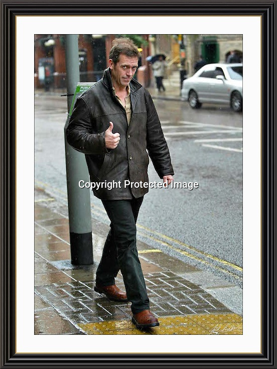 Hugh Laure   stroling in the london rain.22/10/2002   A2 Museum-quality Archival signed Framed Print (Limited Edition of 25)