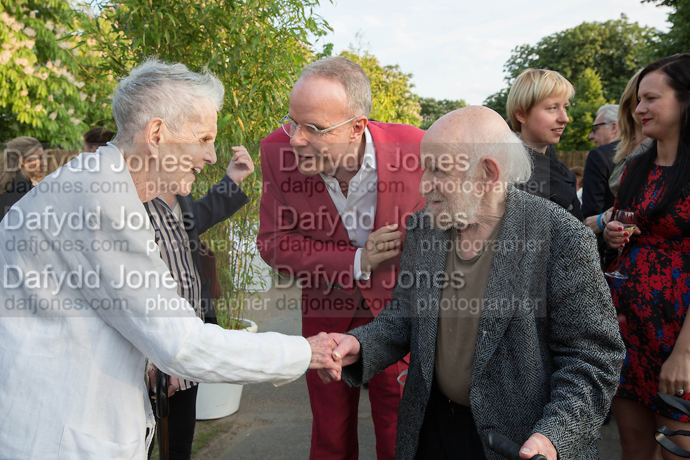 Elaine Sturtevant; Hans Ulrich Obrist; Gustav Metzger, The Serpentine Summer Party 2013 hosted by Julia Peyton-Jones and L'Wren Scott.  Pavion designed by Japanese architect Sou Fujimoto. Serpentine Gallery. 26 June 2013. ,