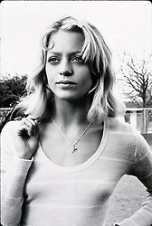 1974, Film Title: SUGARLAND EXPRESS, Director: STEVEN SPIELBERG, Studio: UNIV, Pictured: COUNTRY, YOUNGER, 1974, GOLDIE HAWN, FUGITIVE. (Credit Image: SNAP/ZUMAPRESS.com) (Credit Image: © SNAP/Entertainment Pictures/ZUMAPRESS.com)