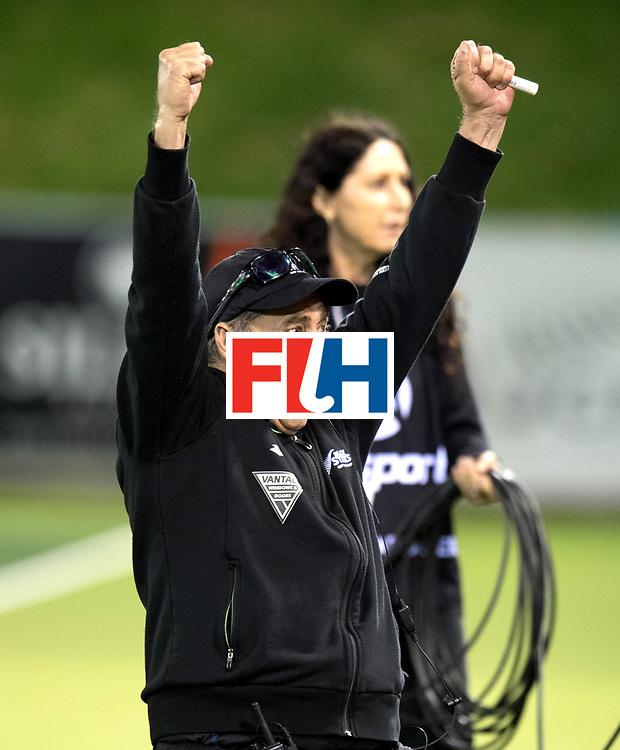 AUCKLAND - Sentinel Hockey World League final women<br /> Match id: 10304<br /> 14 ARG vNZL 1-2<br /> Foto: Happy Mark HAGER Head Coach.<br /> WORLDSPORTPICS COPYRIGHT FRANK UIJLENBROEK