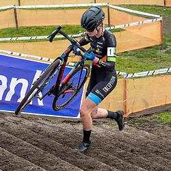 11-01-2020: Wielrennen: NK Veldrijden: Rucphen<br />Leonie Bentveld (Burgum)