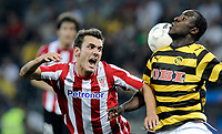 Bilbaos Xabi Castillo gegen YBs Seydou Doumbia. © Manu Friederich/EQ Images