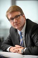 03 JAN 2008, BERLIN/GERMANY:<br /> Ronald Pofalla, CDU Generalsekretaer, waehrend einem Interview, in seinem Buero, Konrad-Adenauer-Haus<br /> IMAGE: 20080103-01-019
