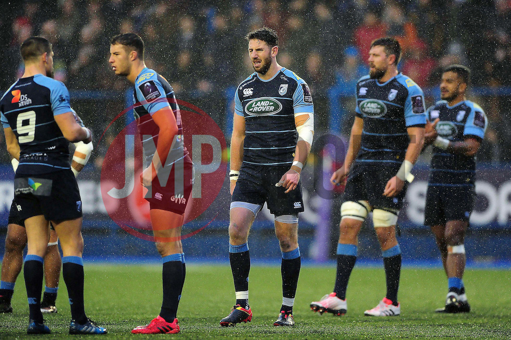 Cardiff Blues players look on - Mandatory byline: Patrick Khachfe/JMP - 07966 386802 - 10/12/2016 - RUGBY UNION - Cardiff Arms Park - Cardiff, Wales - Cardiff Blues v Bath Rugby - European Rugby Challenge Cup.