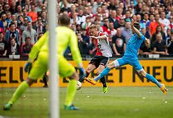 14-05-2017 NED: Kampioenswedstrijd Feyenoord - Heracles Almelo, Rotterdam<br /> In een uitverkochte Kuip pakt Feyenoord met een 3-0 overwinning het landskampioenschap / Nicolai Jorgensen #9