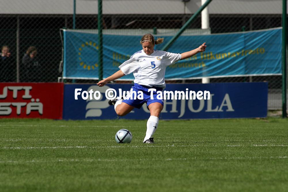 15.05.2004, Pallokentt?, Helsinki, Finland..UEFA Women's European Championship qualifying match, Finland v Serbia-Montenegro.Tiina Salm?n - Finland.©Juha Tamminen
