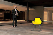 Inverigo, Giovanni Anzani, CEO Poliform, Giovanni Anzani Ad della Poliform con Ventura di Jean-Marie Massaud.