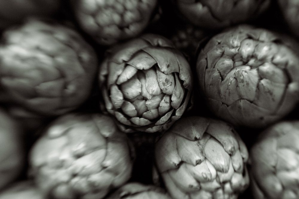 artichokes stacked,black and white verticle