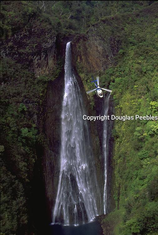Helicopter, Manawaipuna Falls, Kauai, Hawaii, USA<br />