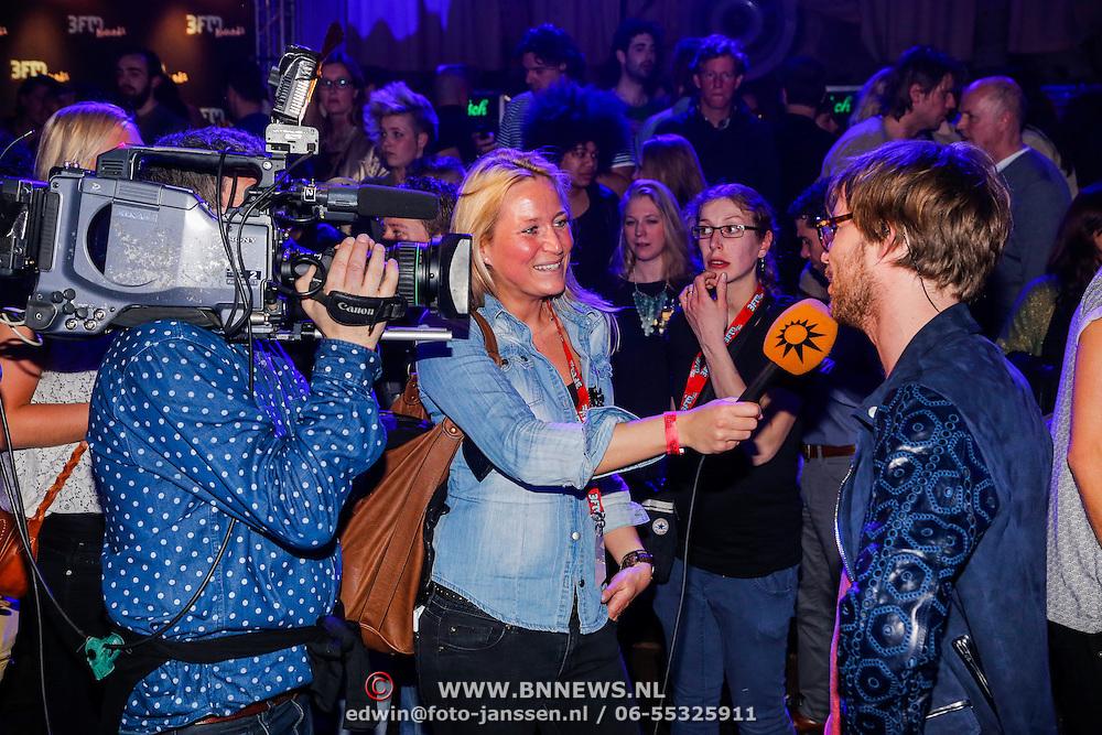NLD/Amsterdam/20130418- Uitreiking 3FM Awards 2013, RTL Bulevard interviewt Giel Beelen