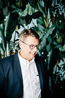 Stefan Fanderl, CEO der Handelskette Karstadt im Interview mit dem Handelsblatt im Rent 24 Coworking Space in Berlin Schöneberg am 14. Mai 2018