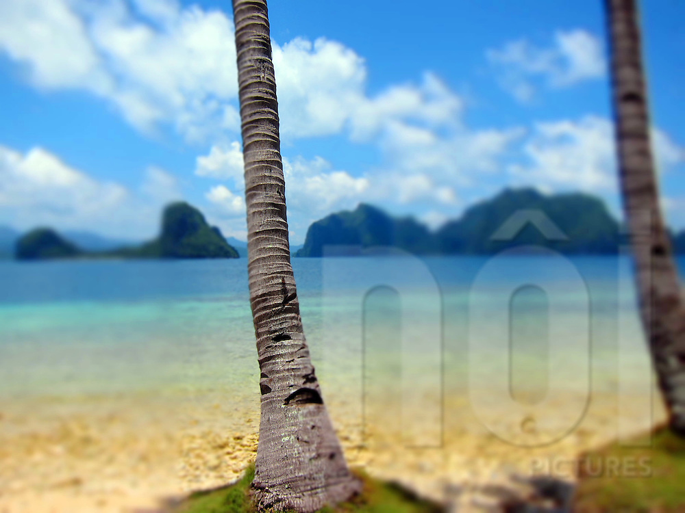 Tranquil scene of untouched beach, El Nido, Palawan, Philippines, Southeast Asia