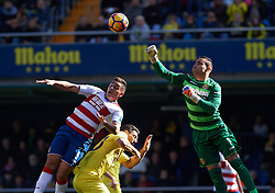 January 28, 2017 - Vila-Real, Castellon, Spain - Sergio Asenjo of Villarreal CF and Ezequiel Ponce of Granada CF during their La Liga match between Villarreal CF and Granada CF at the Estadio de la Ceramica on 28 January 2017 in Vila-real, Spain. (Credit Image: © Maria Jose Segovia/NurPhoto via ZUMA Press)