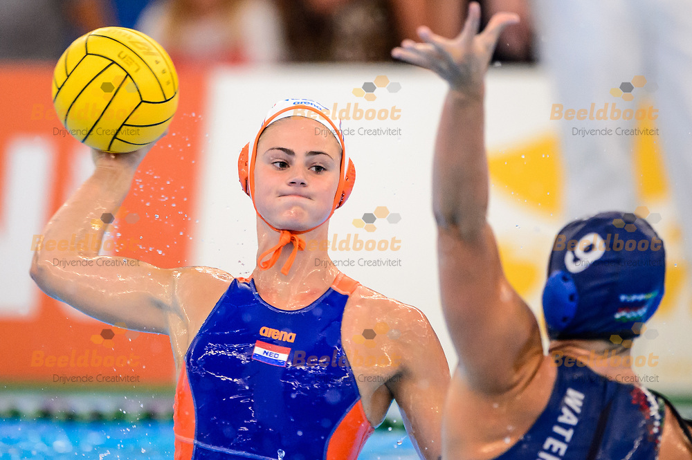 04-07-2018: Waterpolo: Nederland v Hongarije: Rotterdam<br /> <br /> (L-R) SLEEKING Brigitte of team Netherlands during the waterpolomatch between ladies Netherlands vs Hungary at Zwemcentrum Rotterdam, the Netherlands<br /> <br /> Spido Dutch Waterpolo Trophy 2018<br /> <br /> Foto/Photo: Gertjan Kooij