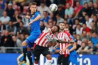 (L-R) Stijn Wuytens of AZ Alkmaar, Steven Bergwijn of PSV