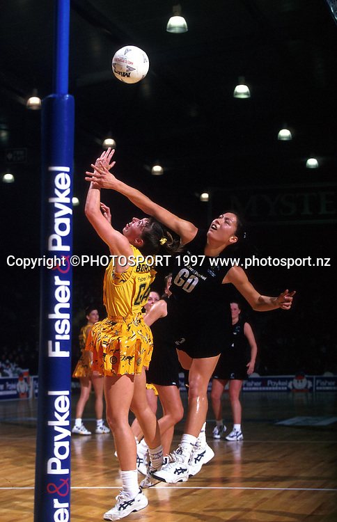Bernice Mene, New Zealand Silver Ferns v Australia, international netball, 1997. Photo: PHOTOSPORT