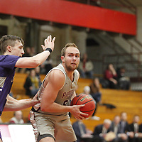 Men's Basketball: Hamline University Pipers vs.