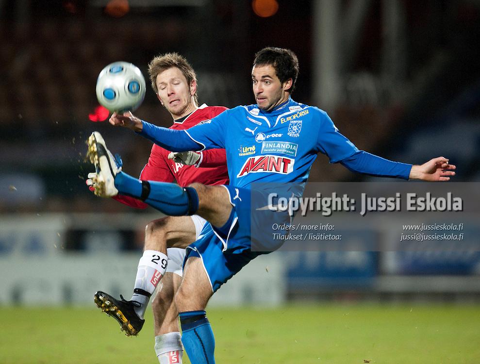 Rafinha, Henri Lehtonen. TamU - Inter. Suomen Cupin finaali. Helsinki 31.20.2009. Photo: Jussi Eskola