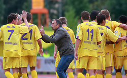 Coach of Maribor Darko Milanic and his players after first goal at 9th round of of Slovenian Football First League  between NK Interblock vs NK Maribor, on September 20, 2008, in ZAK stadium in Ljubljana. Maribor won the match 2:1. (Photo by Vid Ponikvar / Sportal Images)