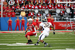 08 September 2007: Tom Nelson tracks racer runner Paul McKinnis. The Murray State Racers were defeated by the Illinois State Redbirds 43-17 in a nightcap at Hancock Stadium on the campus of Illinois State University in Normal Illinois.