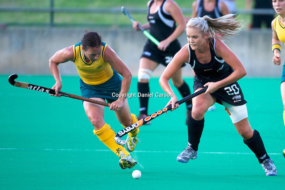 Samantha Harrison breaks through the middle. Hockeyroos v New Zealand International Hockey match. Curtin Hockey Stadium, Perth. Wednesday 17 February 2010. Photo: Daniel Carson/PHOTOSPORT