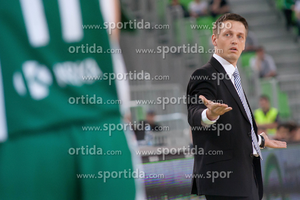 Team Krka head coach Aleksander Sekulic during basketball match between KK Union Olimpija and KK Krka in 4nd Final match of Telemach Slovenian Champion League 2011/12, on May 24, 2012 in Arena Stozice, Ljubljana, Slovenia.  (Photo by Grega Valancic / Sportida.com)
